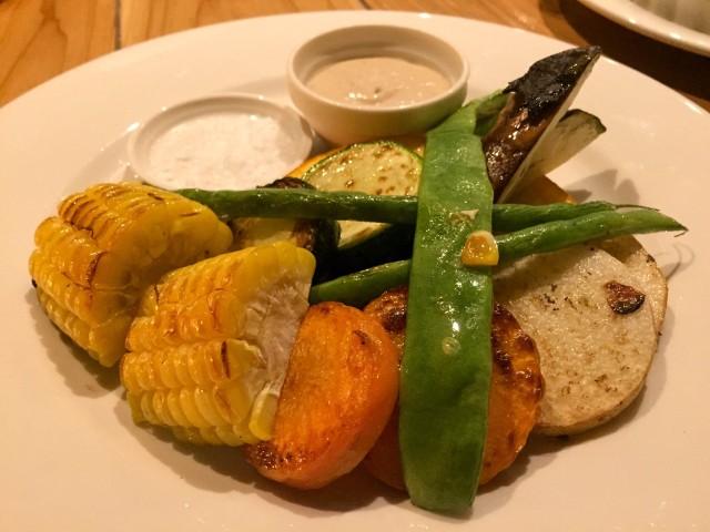 8種の焼き野菜の盛り合わせ